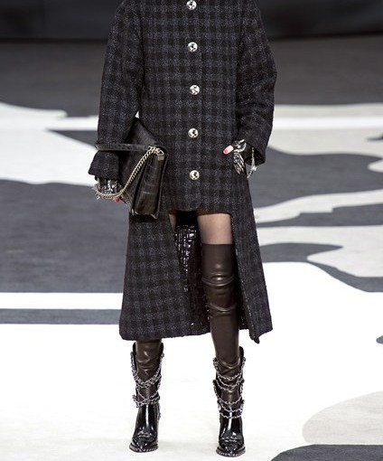 I Want – The Chanel Chain-enlaced BikerBoots