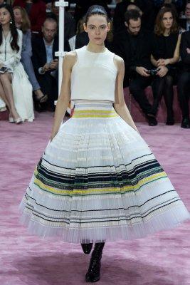 Dior-haute-couture-video-dress-2015
