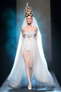 Gaultier-curler-bride-haute-couture-2015